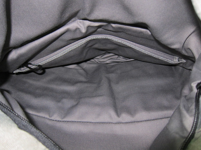 Côte&Ciel - Spree Messenger Bag (Grey Melange) - Main Compartment