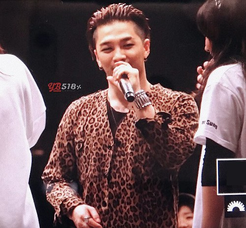 Big Bang - FANTASTIC BABYS 2016 - Nagoya - 29apr2016 - YB 518 - 01