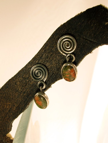 Spiral earrings with Unakite suspended
