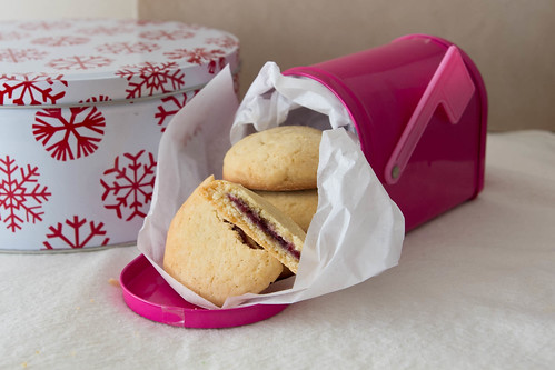 Raspberry Pillow Cookies