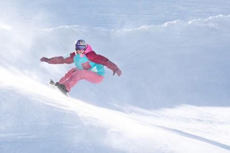 Snowboardistka Samková je po zranění zpět, na úvod si vyjela čtrnácté místo