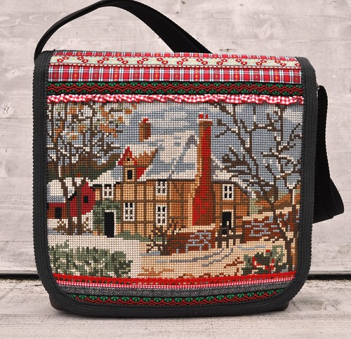 Winter cottage messengerbag