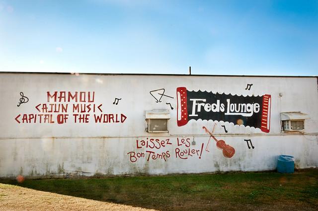 Incredible live Cajun music, every Saturday morning at Fred's Lounge in Mamou, LA | PopArtichoke