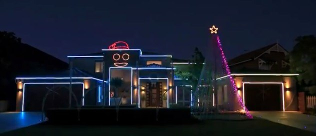 "Amazing Perth Christmas Lights 2012 ""Gangnam Style"" - YouTube"