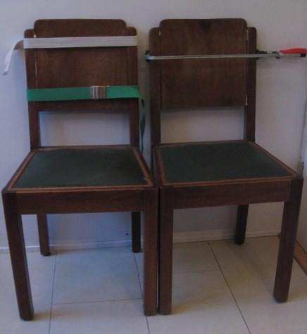 2 stoeltjes gerepareerd