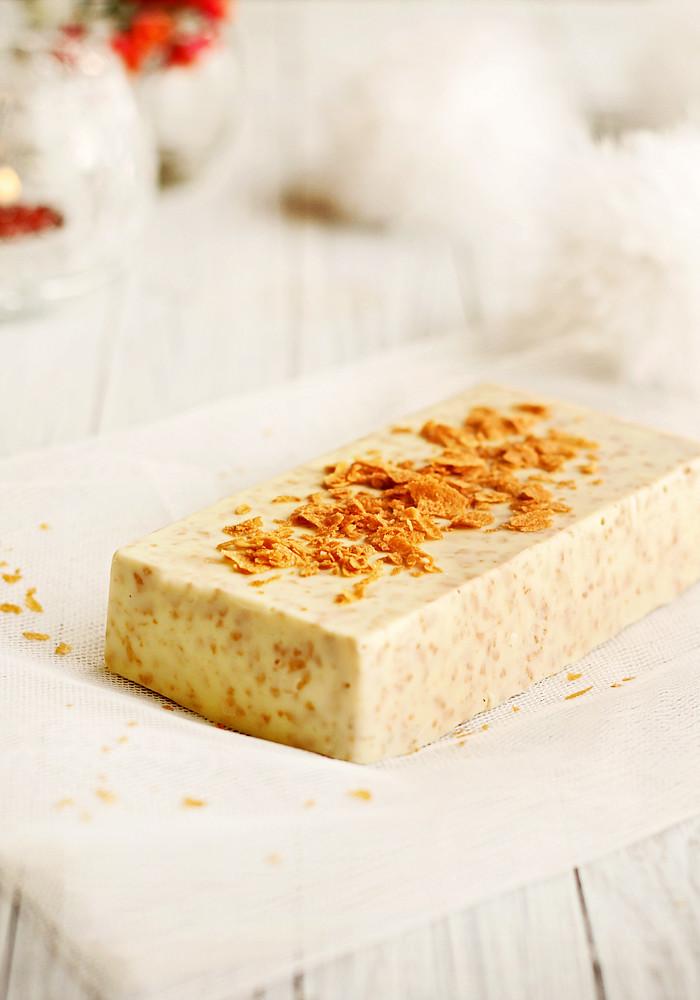 turrón de chocolate y nocilla blanca con crêpes dentelle de Bretagne