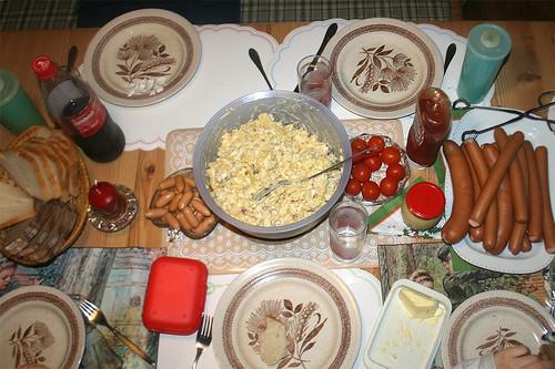 Abendliche Weihnachtstafel / Christmas dinner