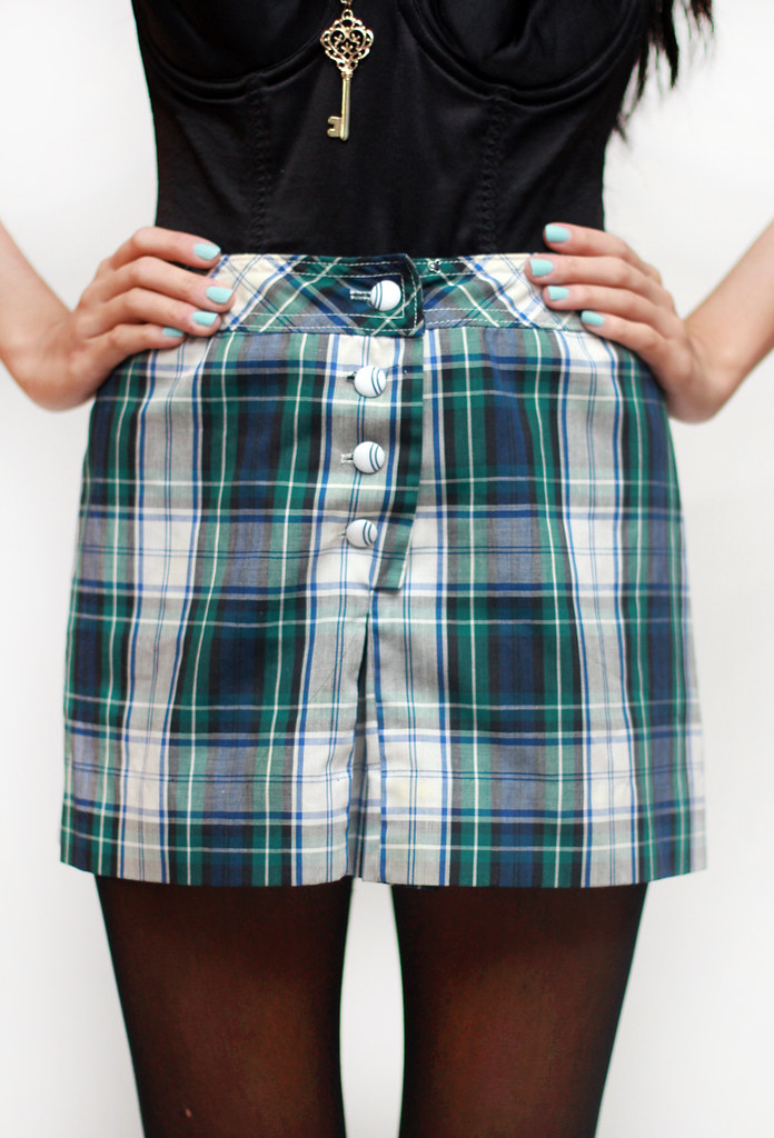 vintage 80s 90s grunge high waist plaid hot shorts by Tarte Vintage at shoptarte.com