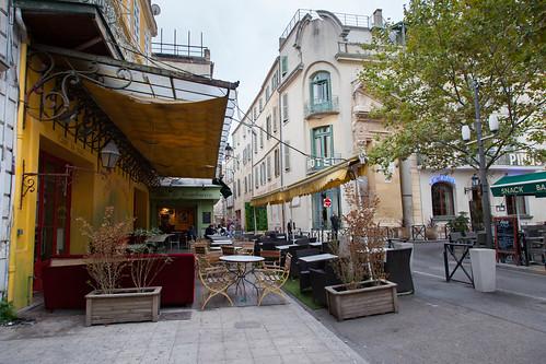 Café la nuit - Straßenbild Arles