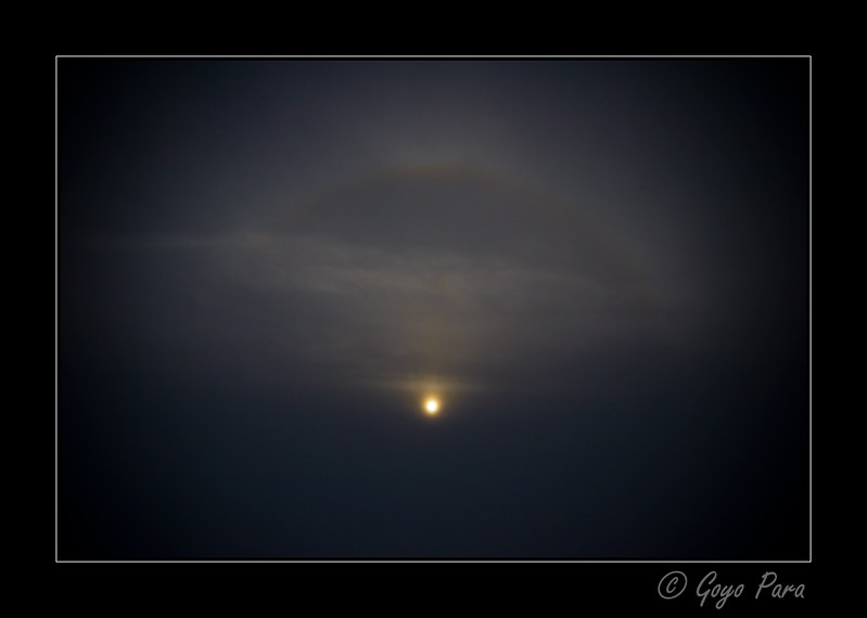 Arco iris sobre las nubes