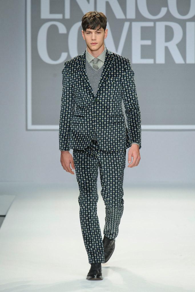 FW13 Milan Enrico Coveri016_Simone Nobili(fashionising.com)