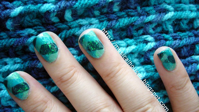 teal fishtail braid manicure 3