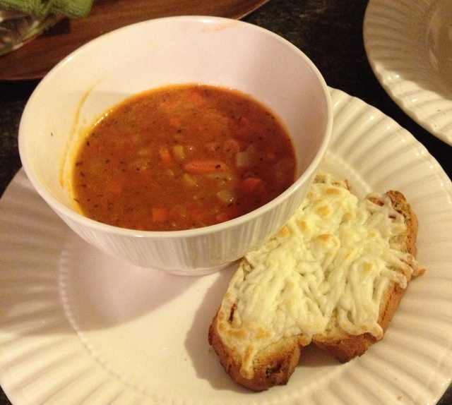 tomato-soup-from-scratch-cheese-bread