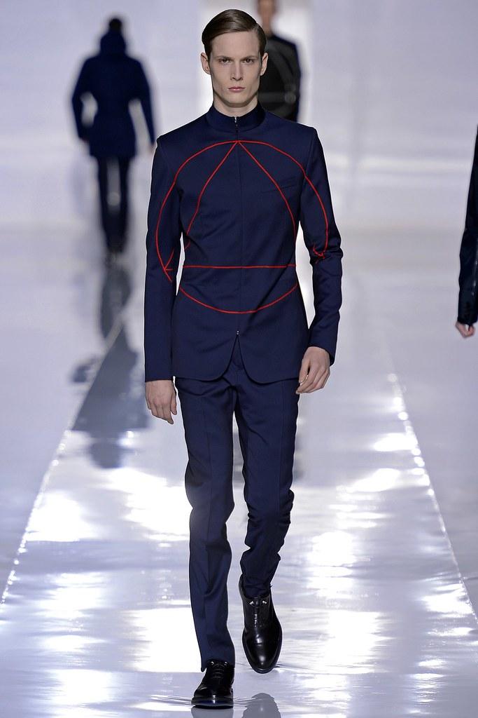 FW13 Paris Dior Homme038_Felix Gesnouin(GQ.com)