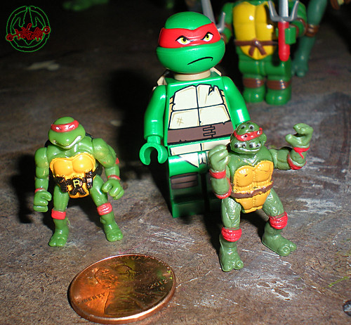 "LEGO Teenage Mutant Ninja Turtles :: ""Stealth Shell in Pursuit"" ; Raphael xiii  / ..with '94 Mini-Mutant Raphael & '95 Mini-Mutant Original Movie Raphael  (( 2013 ))"
