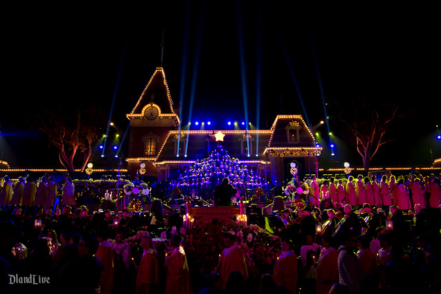2012 Disneyland Candlelight Ceremony