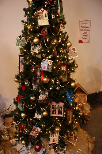 fort-myers-festival-of-trees - Fort Myers Festival Of Trees {Christmastime In Florida} - Life At
