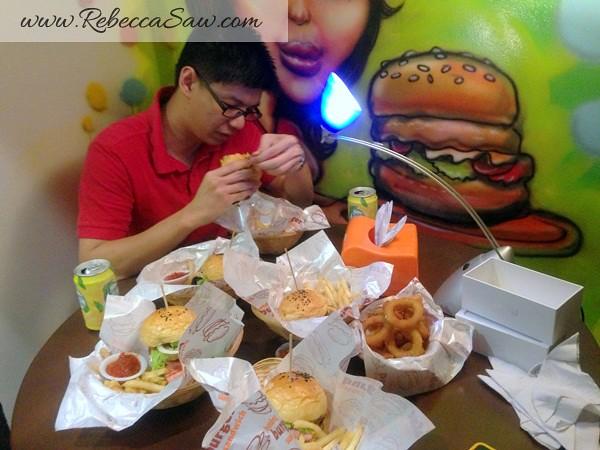 Burger Junkyard 2
