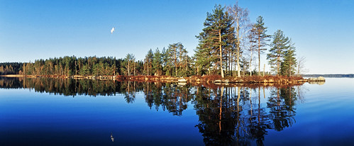 camera blue sky panorama lake water horizon panoramic isle