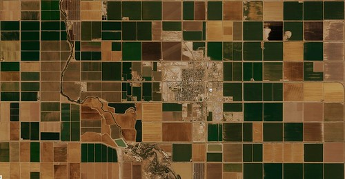 Brawley, California | MapBox Satellite