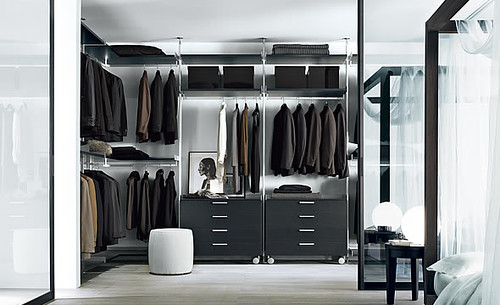 Walk In Closet: Una Habitacion Ideal para Guardar la Ropa