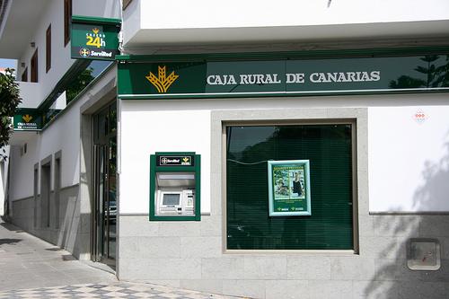 Noticias de ag imes caja rural de canarias organiza una for Caja rural del sur oficinas