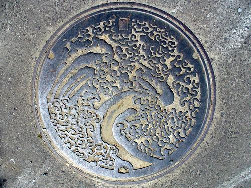 Obuse town Nagano manhole cover (長野県小布施町のマンホール)