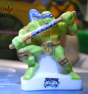 PRIME :: TORTUES NINJA  porcelain miniature prototypes xxi / DONATELLO - B  (( 2009 ))