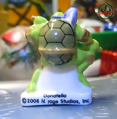 PRIME :: TORTUES NINJA  porcelain miniature prototypes xxii / DONATELLO - B (( 2009 ))