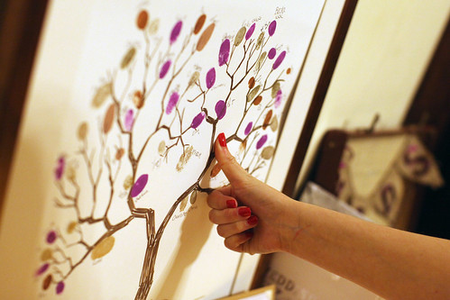Moody Marriage - The Guest Book finger print tree