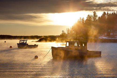 ocean sea sun mist seascape me fog sunrise landscape island coast harbor boat scenery maine scenic silhouettes newengland dramatic rocky steam lobster drama seasmoke kennebecriver lobstering fiveislands benjaminwilliamson