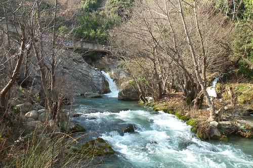 blue river greece fthiotis