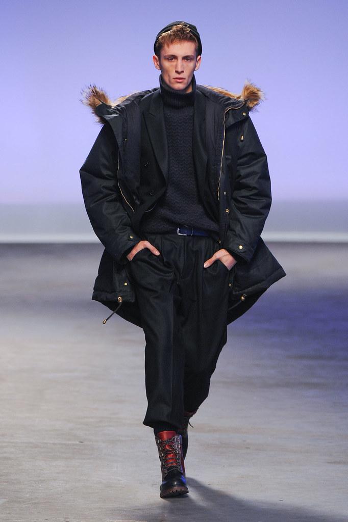 FW13 London Topman Design024_Rafa Bodgar(fashionising.com)