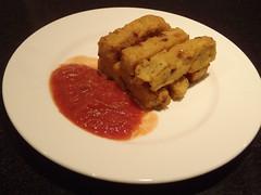 Stegt polenta med rødløg og chili