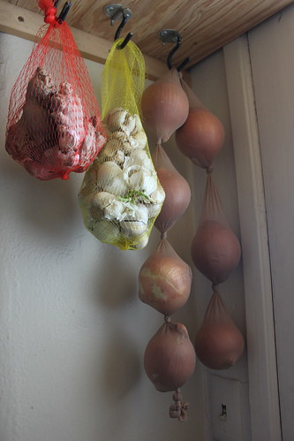 Storing herbs, garlic and onions