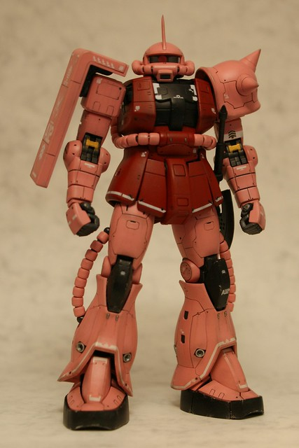 "Real Grade 1/144 - MS-06S Zaku II ""Char Aznable Custom"" - Completed 2 -"