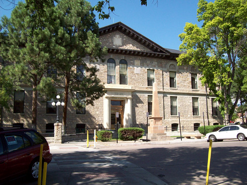 Federal Courthouse, Santa Fe (by: J.R. Vigil, creative commons)