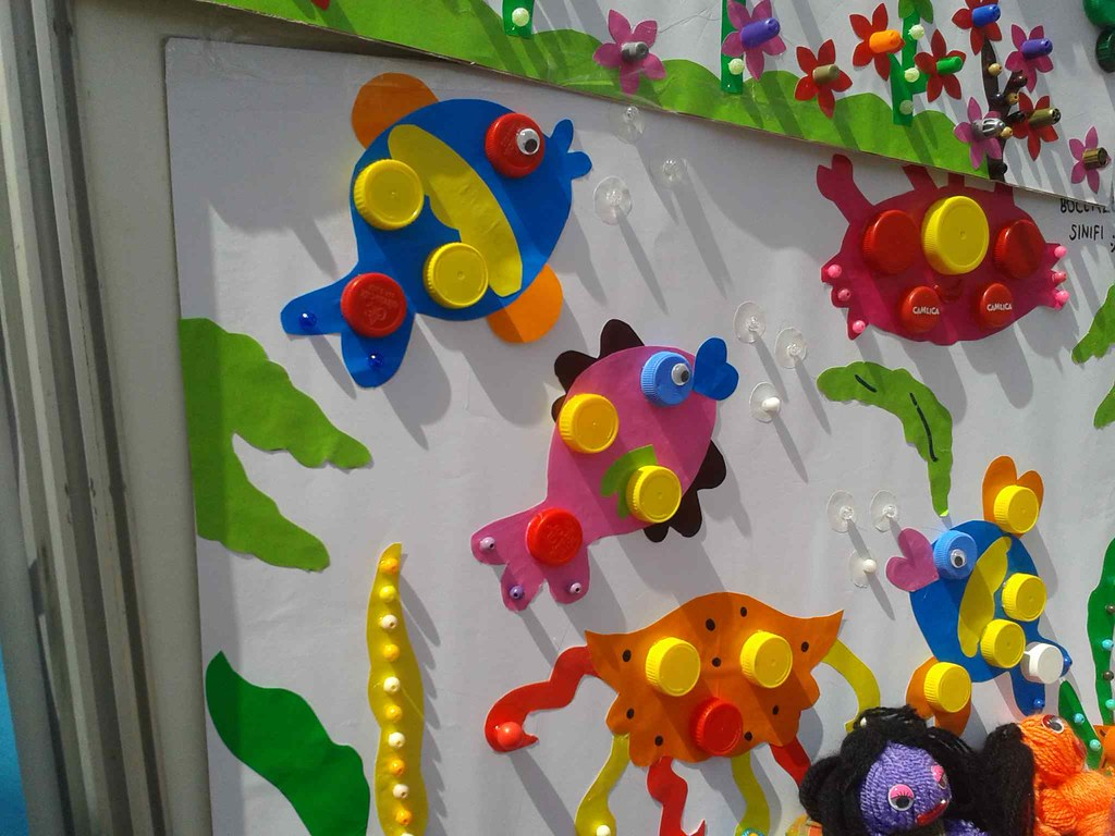 Bottle Cap Craft Idea For Preschoolers This Page Has A Lot Flickr