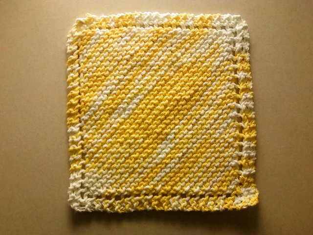 Sugar N Cream Daisy Ombre Knit Sept 2016