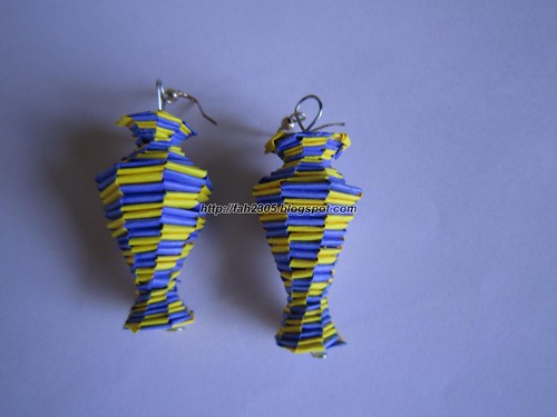 Handmade Jewelry - Paper Lanyard Vase Earrings (5) by fah2305