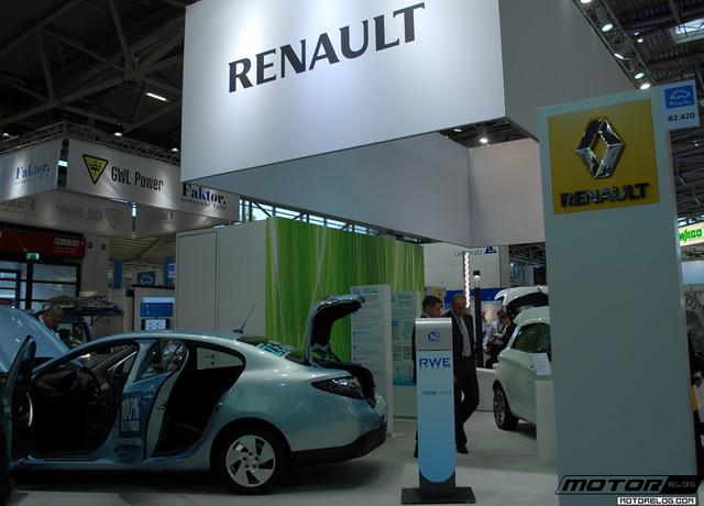 renault electric cars at ecartec 2012 in munich october. Black Bedroom Furniture Sets. Home Design Ideas