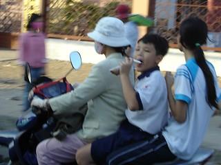 Viajes y circuitos Vietnam: aventura en la Bahía de Halong