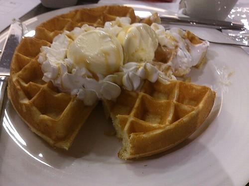 「加爾第咖啡」最暢銷冰淇淋鬆餅