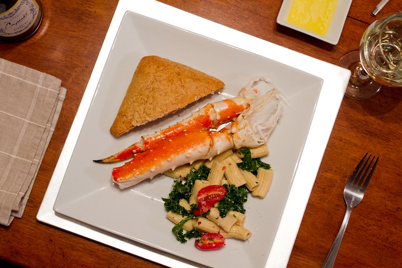 Lemon & Kale Pasta with Crab Legs