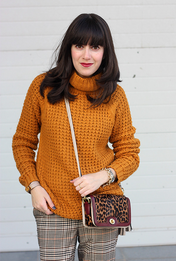 mustard_sweater_coach_penny_bag1