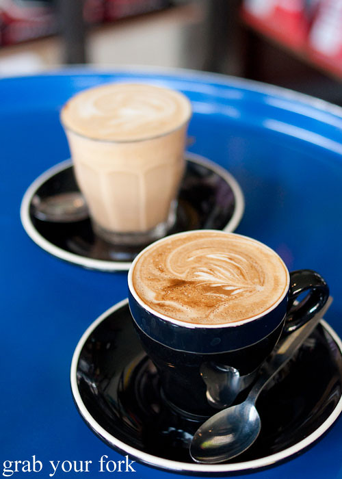 flat white and latte coffe at the town bike pitstop redfern darlington