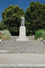 Statue au Général de Blanmont