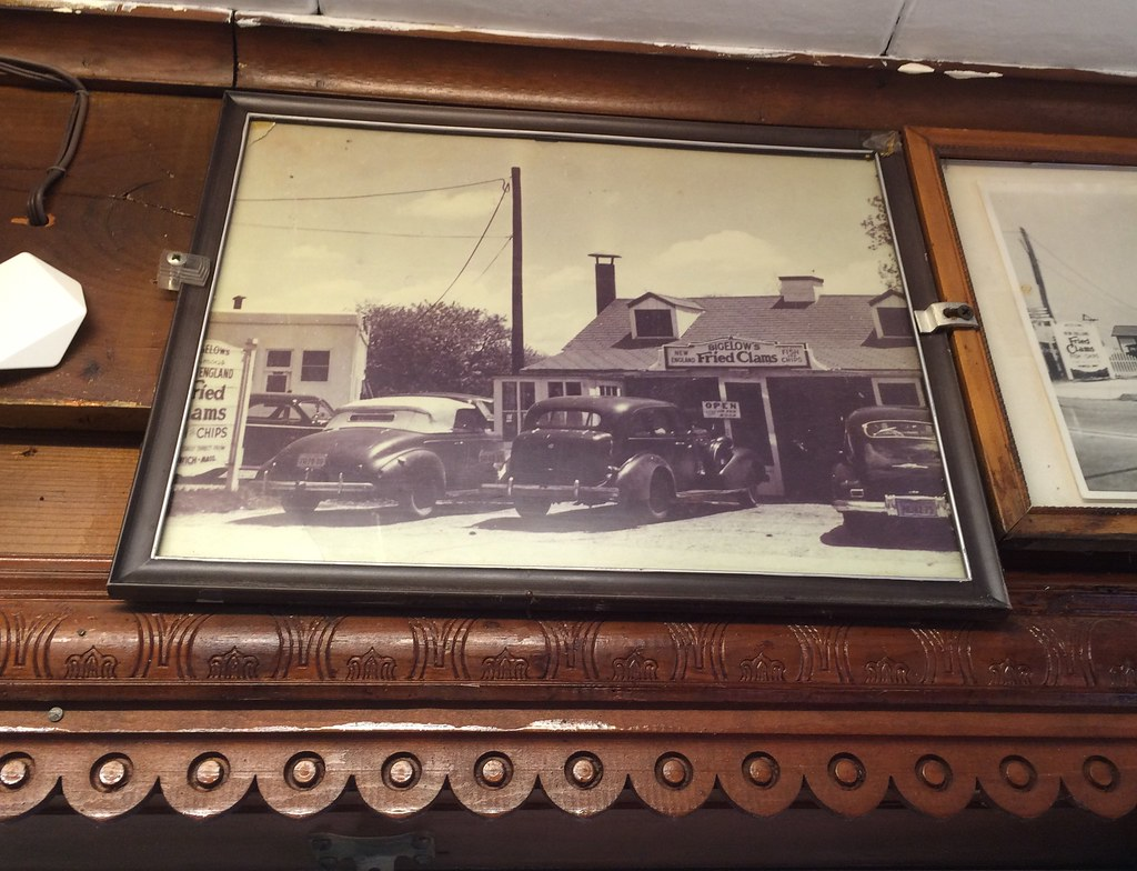 Bigelow's Fried Clams Rockville Center New York - Retro Roadmap