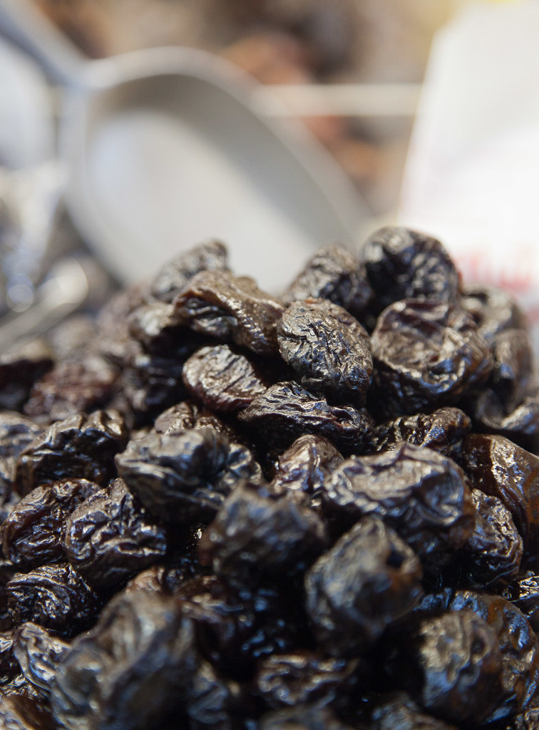 prunes dried plums, stewed, without added sugar