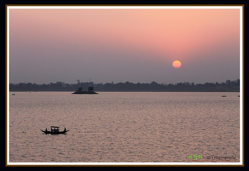 pink blue light sunset sky sun india lake black color reflection art nature water silhouette fauna digital canon geotagged island photography eos boat flora focus asia moments glow natural photos outdoor sigma sail ripples t3 rower 70300 cs3 stillphotography 1100d